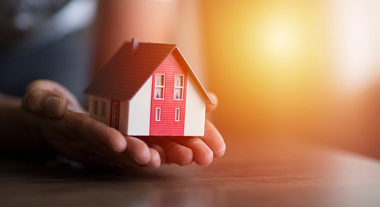 Why Selling Your House on Your Own in 2021 Is a Mistake | Keeping Current Matters