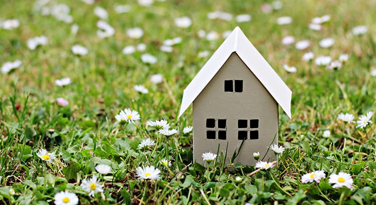3 Things To Prioritize When Selling Your House | Keeping Current Matters